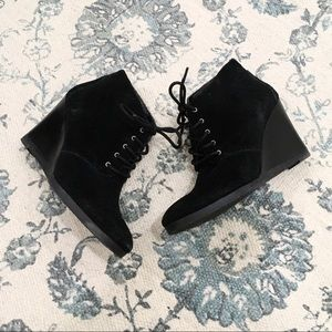 Franco Sarto Black Leather Wedge Booties Size 6.5